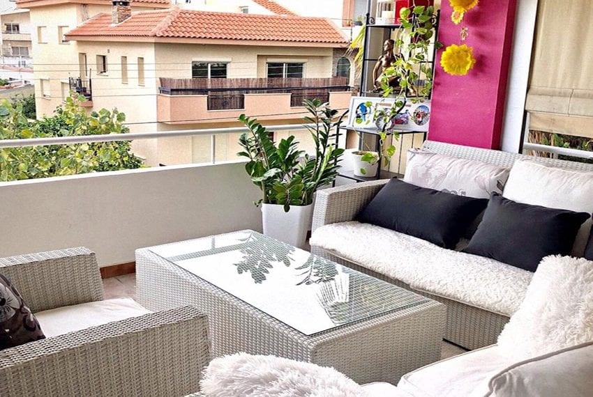 Bargain 3 bedroom apartment for sale Limassol