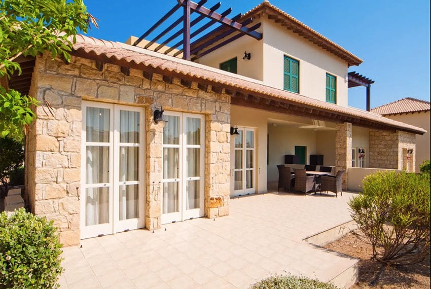 Aphrodite hills junior villa for rent