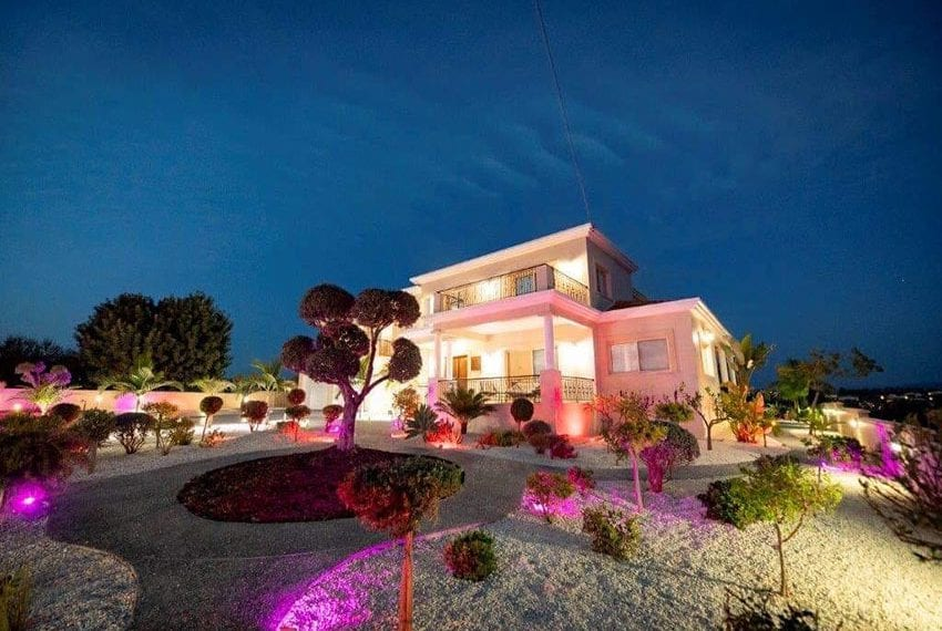 Spacious luxury 4 bed villa for sale Anarita Cyprus03