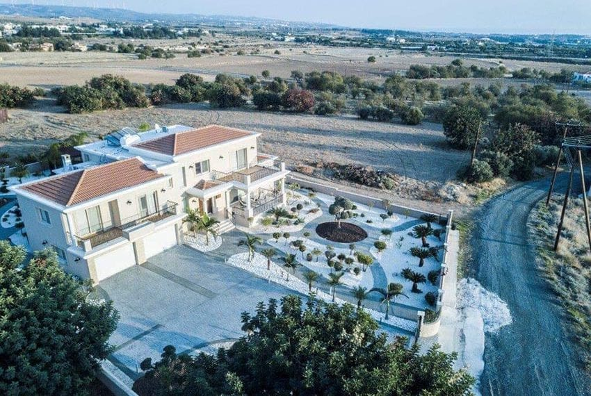 Spacious luxury 4 bed villa for sale Anarita Cyprus09