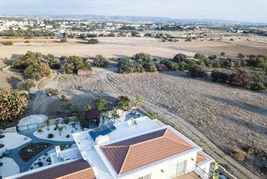 Spacious luxury 4 bed villa for sale Anarita Cyprus11