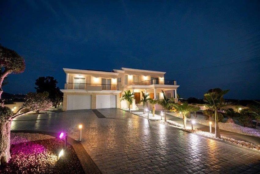 Spacious luxury 4 bed villa for sale Anarita Cyprus15