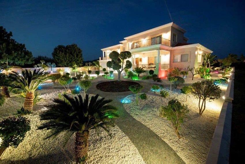 Spacious luxury 4 bed villa for sale Anarita Cyprus16