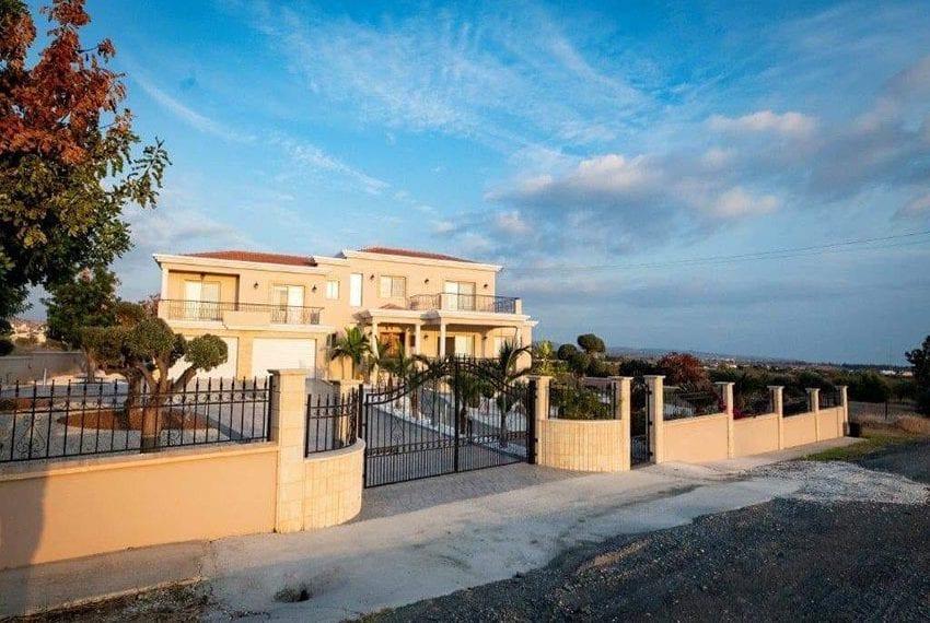 Spacious luxury 4 bed villa for sale Anarita Cyprus19