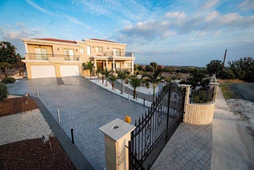 Spacious luxury 4 bed villa for sale Anarita Cyprus23