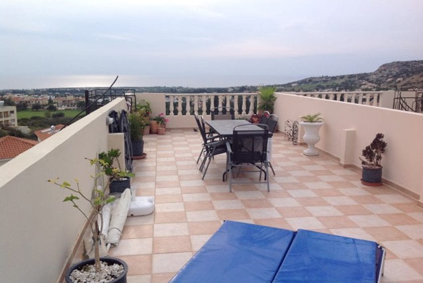 3 bed townhouse with sea views Peyia Cyprus15