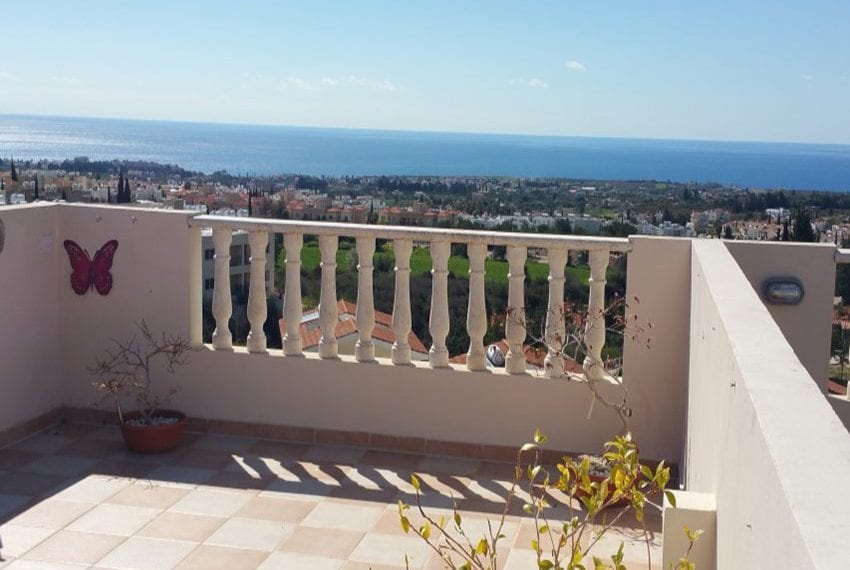 3 bed townhouse with sea views Peyia Cyprus21