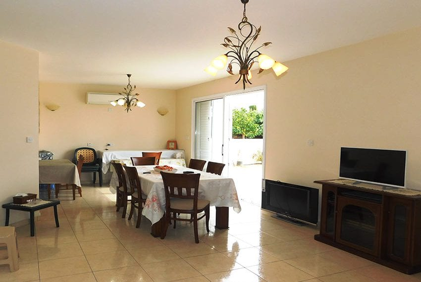 4 bed detached villa for sale with private pool Tala03