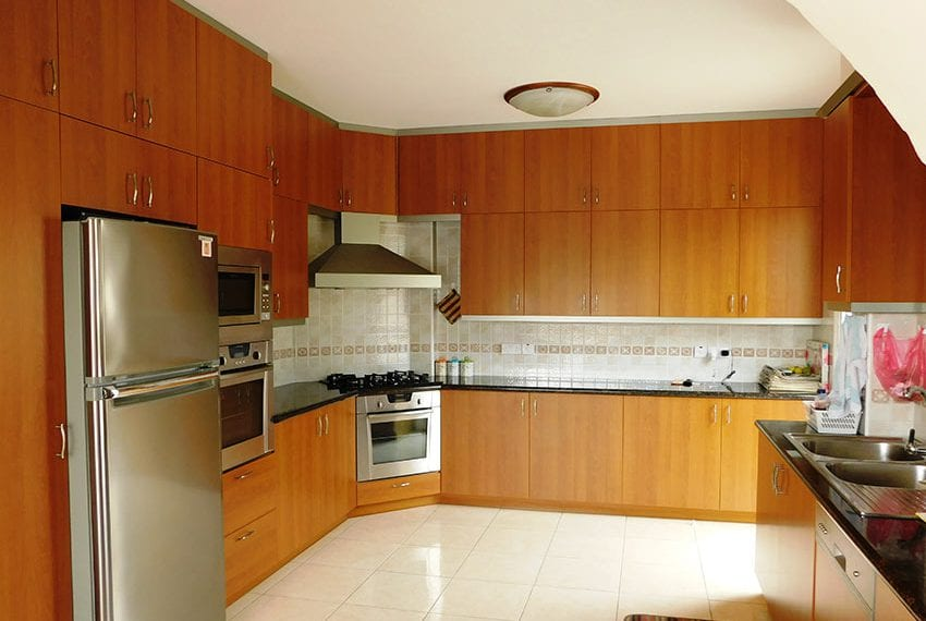 4 bed detached villa for sale with private pool Tala04