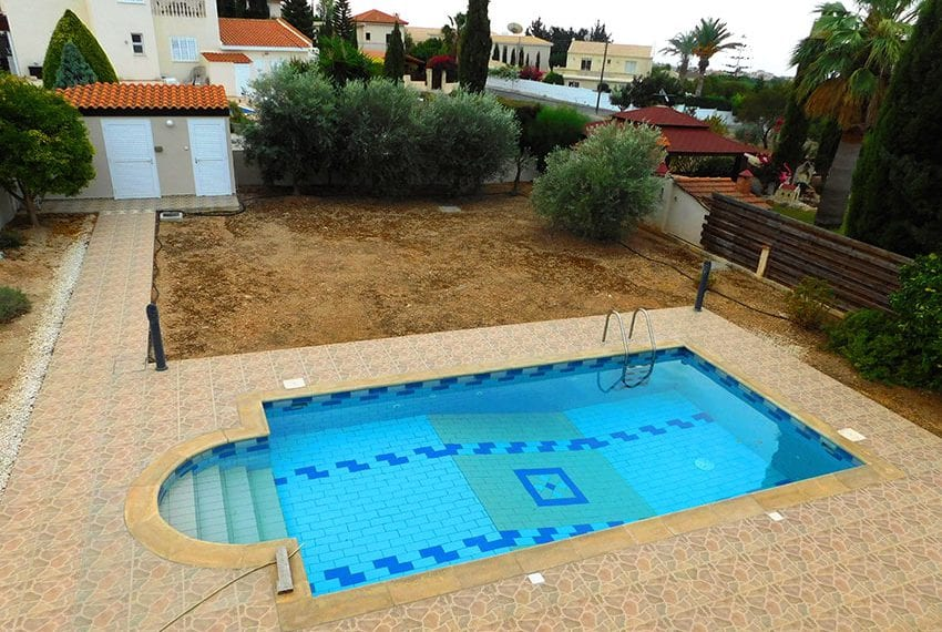 4 bed detached villa for sale with private pool Tala08
