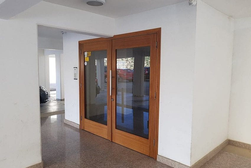 Spacious 1 bed apartment for sale Germasogeia01