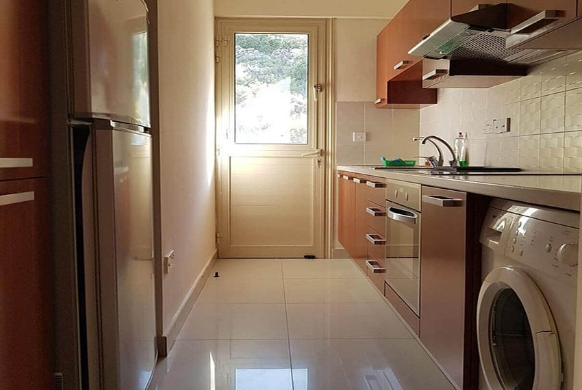 Spacious 1 bed apartment for sale Germasogeia10