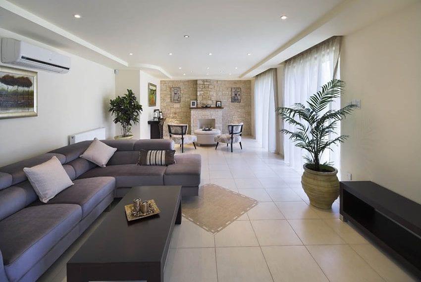 4 bedroom villa for sale in Souni Limassol26
