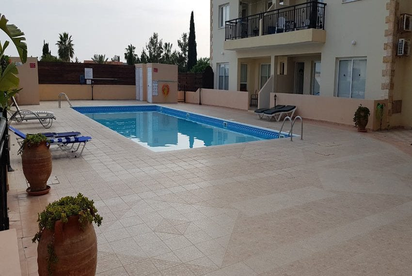 King sunset Pafos garden apartment for sale03