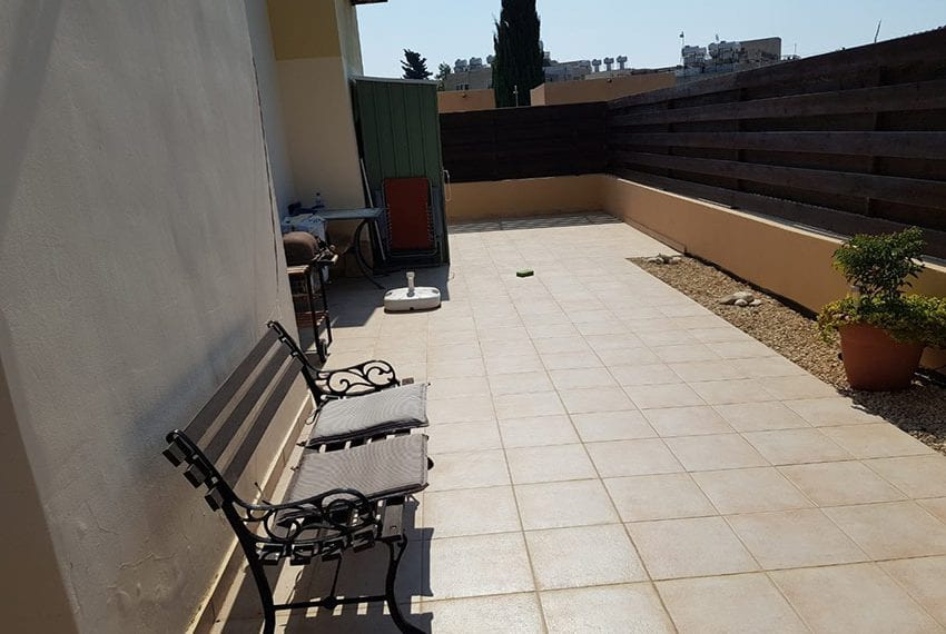 King sunset Pafos garden apartment for sale09