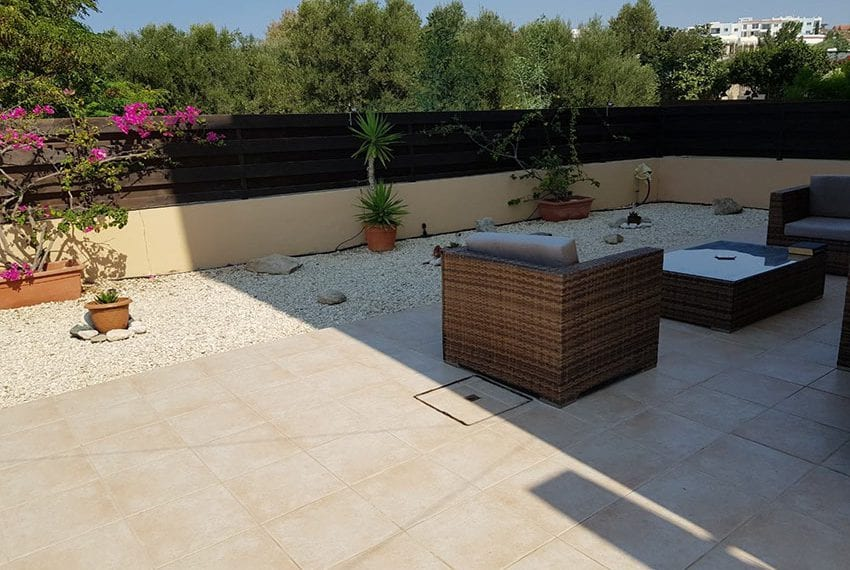 King sunset Pafos garden apartment for sale12