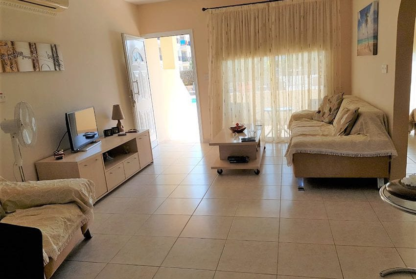 King sunset Pafos garden apartment for sale15