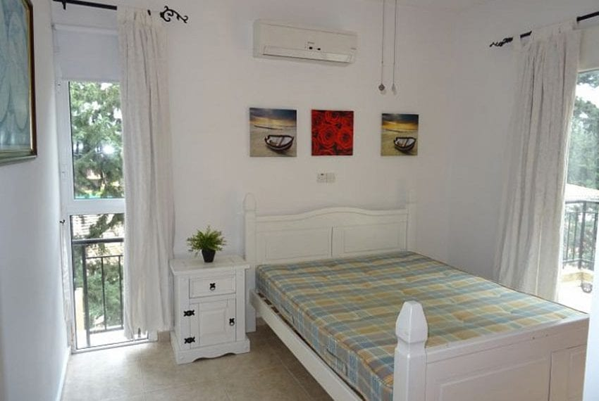 Top-floor-apartment-for-sale-Universal-Pafos05