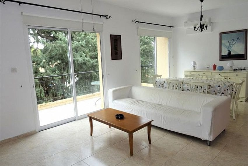 Top-floor-apartment-for-sale-Universal-Pafos09
