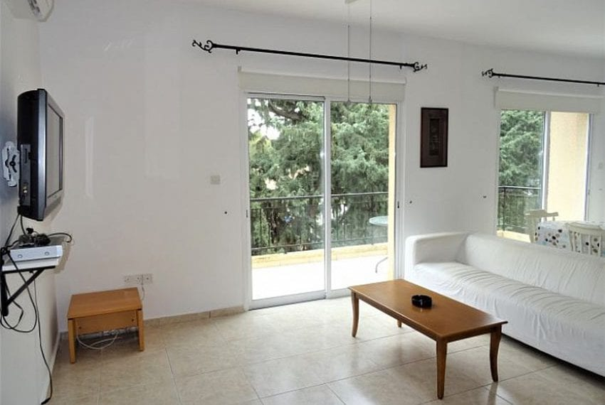 Top-floor-apartment-for-sale-Universal-Pafos10