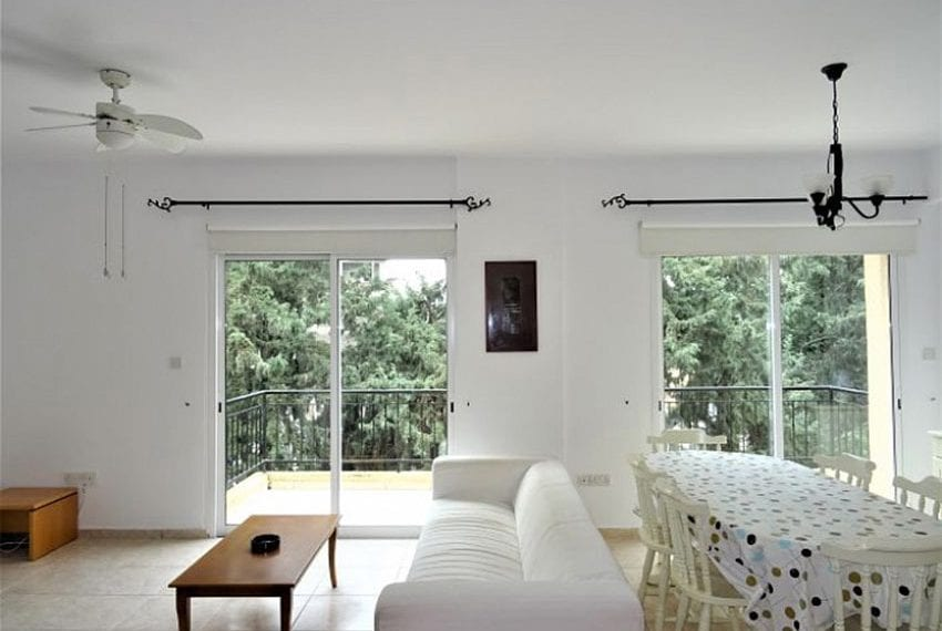 Top-floor-apartment-for-sale-Universal-Pafos12