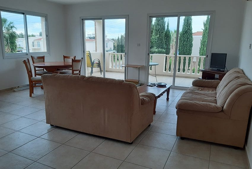 Apartment-for-sale-with-title-deeds-Universal-Pafos02