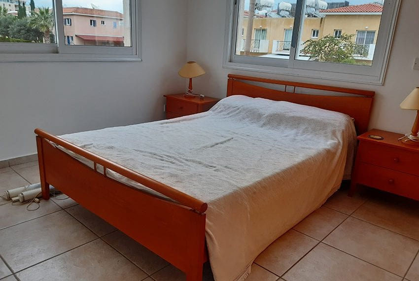 Apartment-for-sale-with-title-deeds-Universal-Pafos05