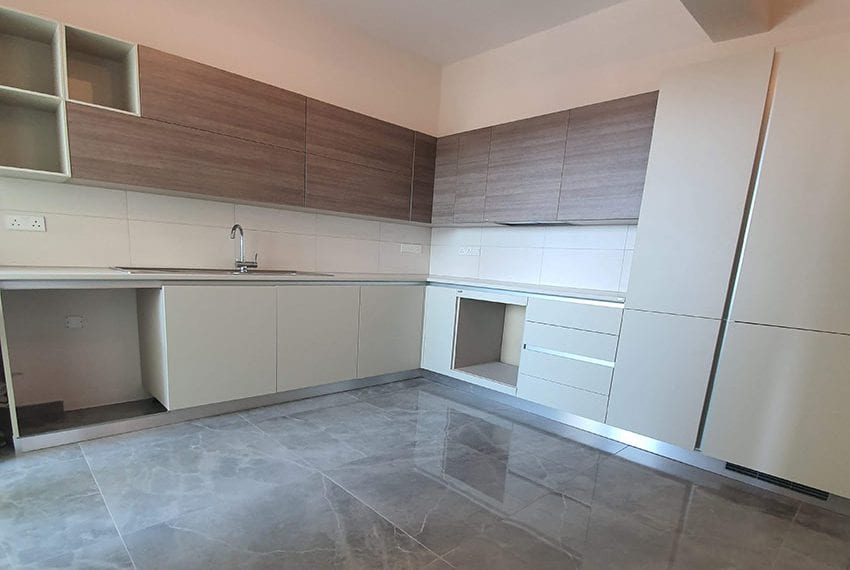 Luxury-apartment-for-sale-private-roof-terrace-Limassol03