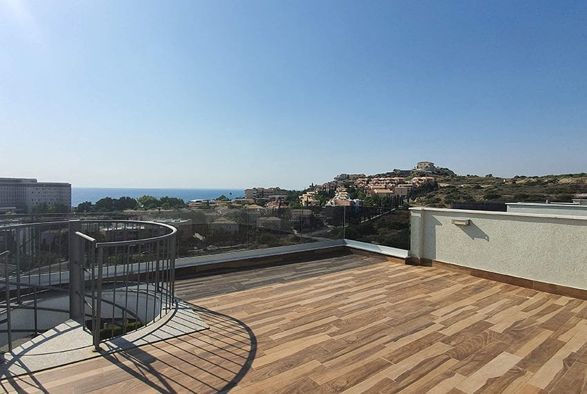 Luxury-apartment-for-sale-private-roof-terrace-Limassol08