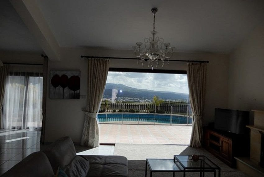 Bungalow for sale with panoramic sea views Peyia12