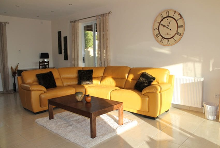 5-bedroom-house-for-sale-in-Lofos-Tala02