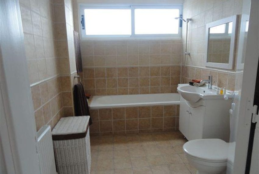 5-bedroom-house-for-sale-in-Lofos-Tala05
