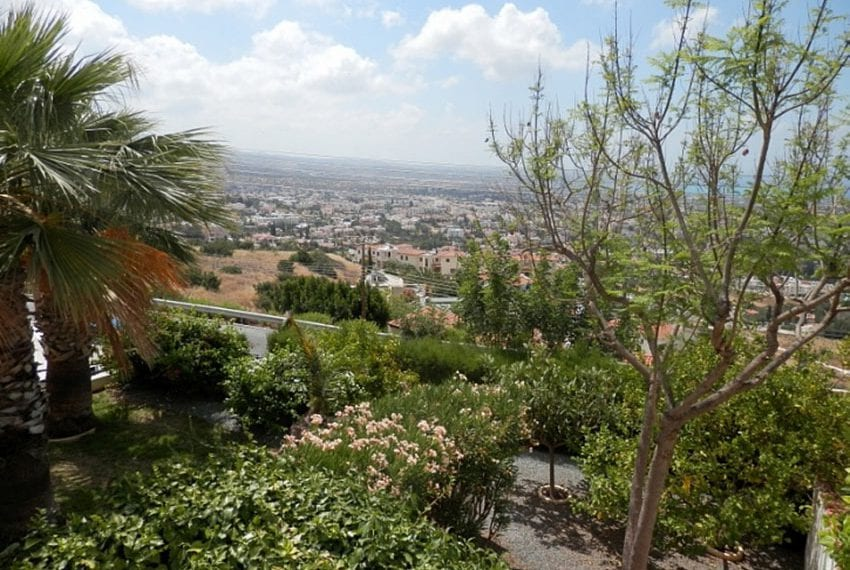 Villa with annex for sale Peyia Cyprus02