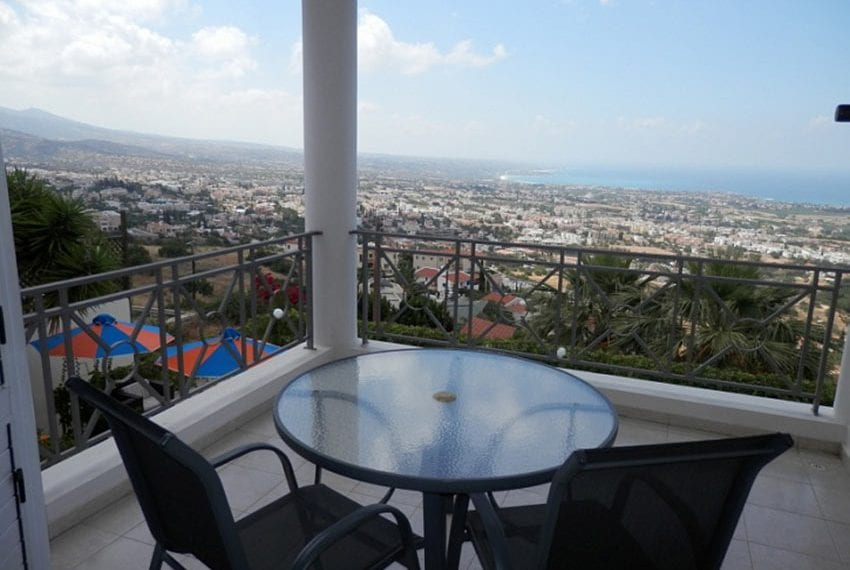 Villa with annex for sale Peyia Cyprus11