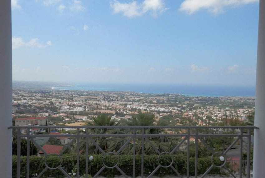 Villa with annex for sale Peyia Cyprus12