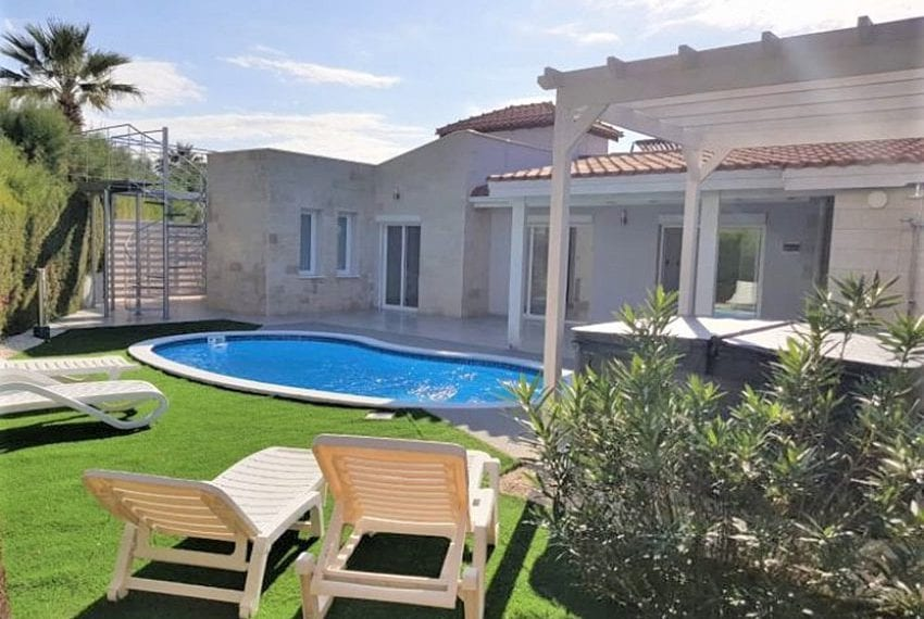 Bungalow-for-sale-Coral-bay-Pafos-Cyprus02