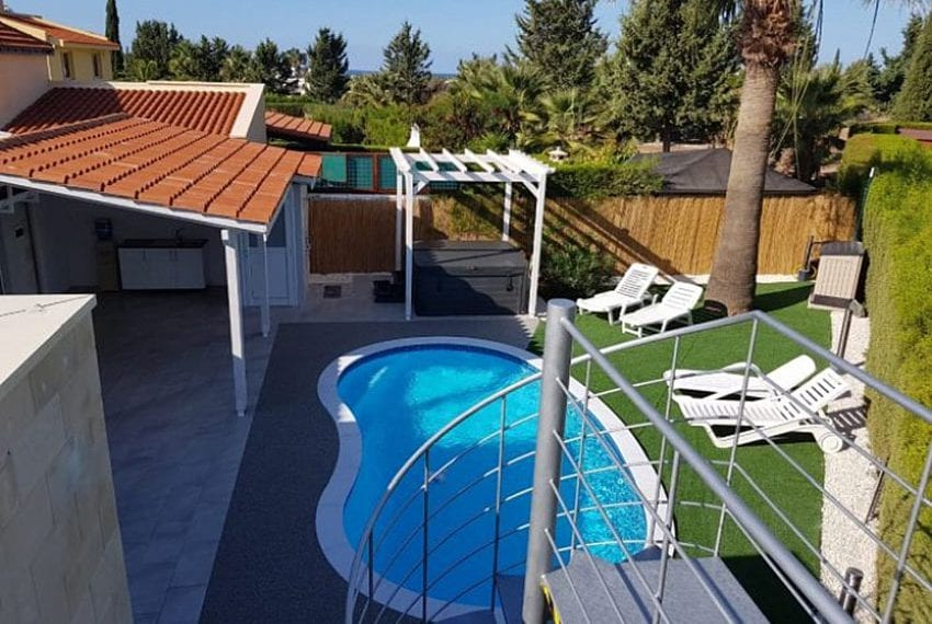 Bungalow-for-sale-Coral-bay-Pafos-Cyprus03