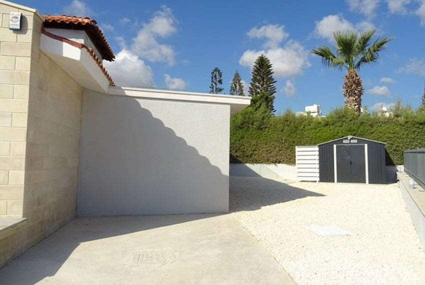 Bungalow-for-sale-Coral-bay-Pafos-Cyprus15