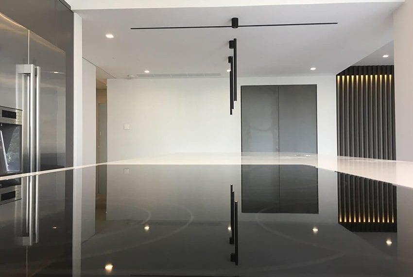3 bedroom apartment for sale Kirzis center Limassol06