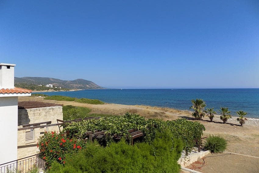 Luxury beach villas for sale in Cyprus√25