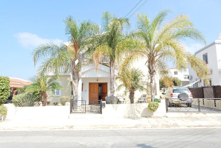 Detached villa for sale in Kissoenrga Pafos05
