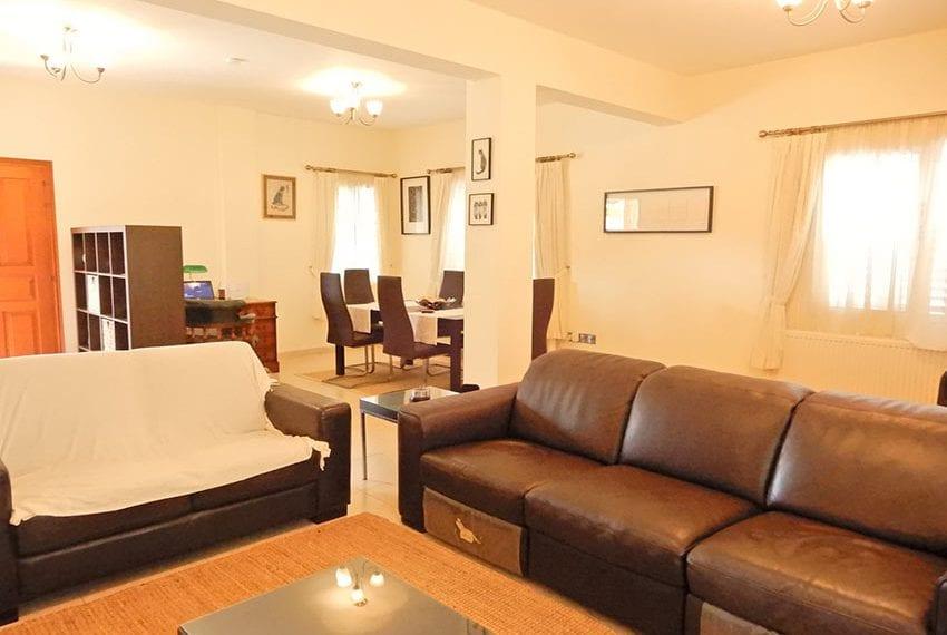Detached villa for sale in Kissoenrga Pafos06