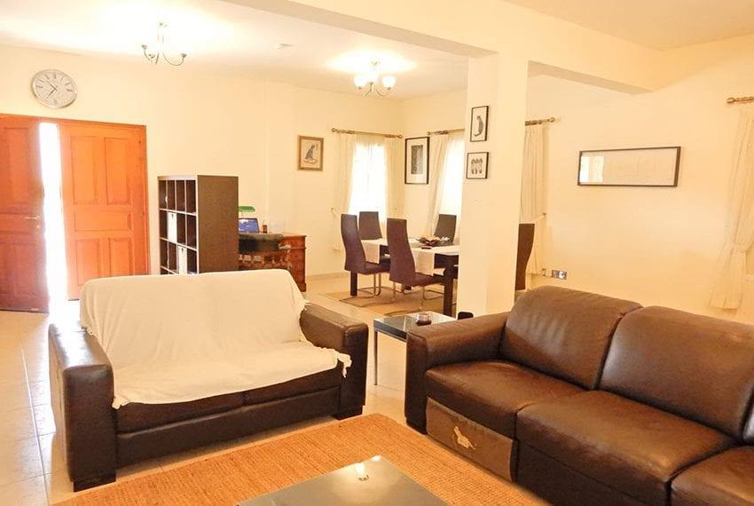 Detached villa for sale in Kissoenrga Pafos16