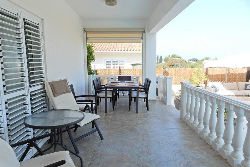 Detached villa for sale in Kissoenrga Pafos26