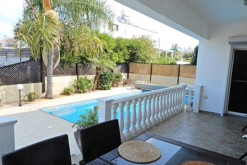 Detached villa for sale in Kissoenrga Pafos27
