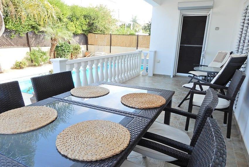 Detached villa for sale in Kissoenrga Pafos28