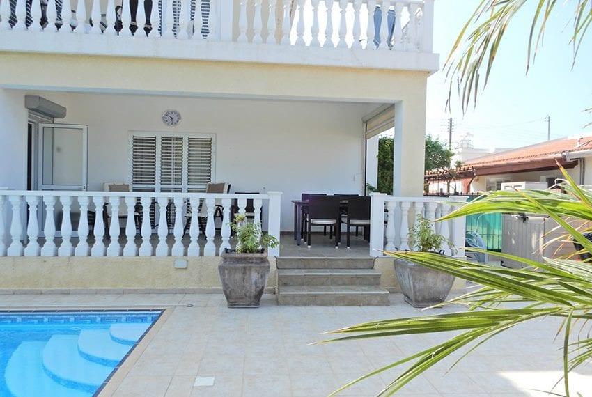 Detached villa for sale in Kissoenrga Pafos29