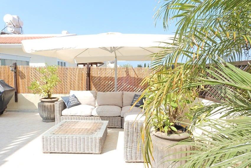 Detached villa for sale in Kissoenrga Pafos33