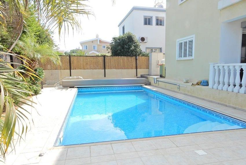 Detached villa for sale in Kissoenrga Pafos36