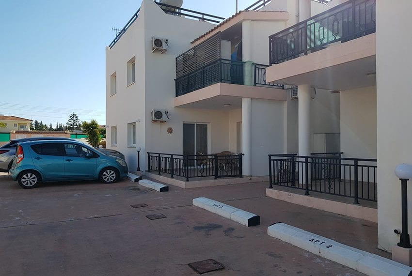 1 bed garden apartment for sale Universal Pafos09